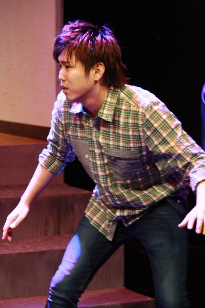 夏樹弘さん演じる、富雄の幼馴染で劇団仲間にも次々と不幸が襲い…