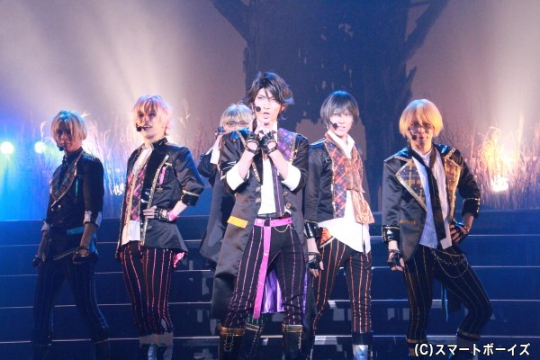 関東出身のアイドルユニット「Six Gravity(シックスグラビティー)」