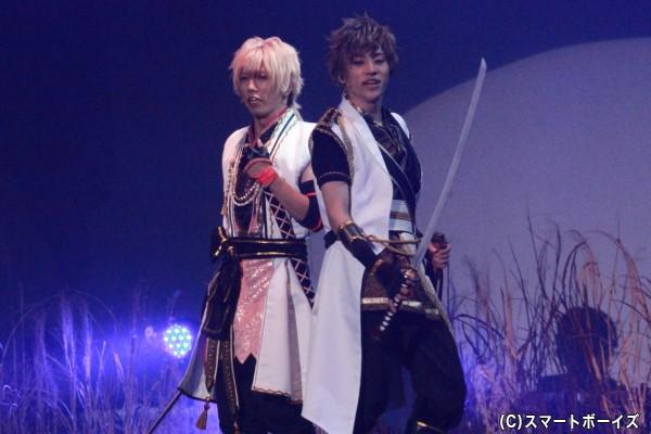 (左)如月恋役の横尾瑠尉さん (右)神無月郁役の笹翼さん