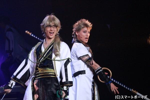 (左)弥生春役の仲田博喜さん (右)文月海役の土井一海さん