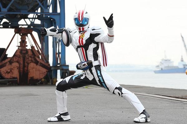 稲葉さん演じる仮面ライダーマッハ