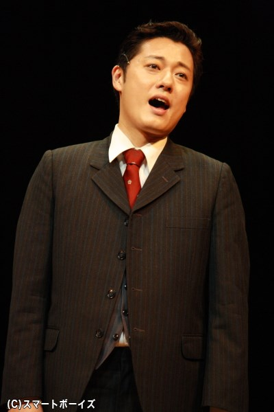 留学中の瀧に会うため、ドイツを訪れた岡野貞一役の原田優一さん