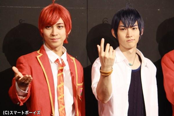 (左から)F6のおそ松役・井澤勇貴さんと、F6のカラ松役・和田雅成さん