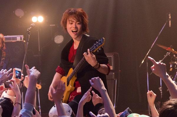 天真爛漫系男子・光太郎を演じるのは菅田将暉さん。バンドマン姿も必見!