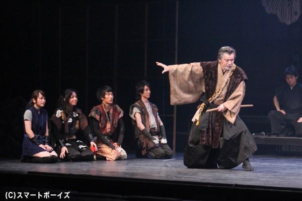 月斉(山本 亨)が指南役に取り立てられ、大阪城に潜入成功!