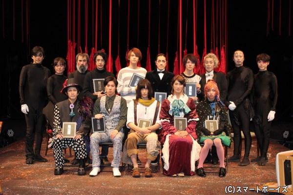 〈読み師〉〈具現師〉〈奏で師〉が一体となり江戸川乱歩の世界観を表現します
