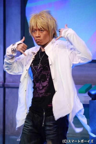 高橋良輔さん