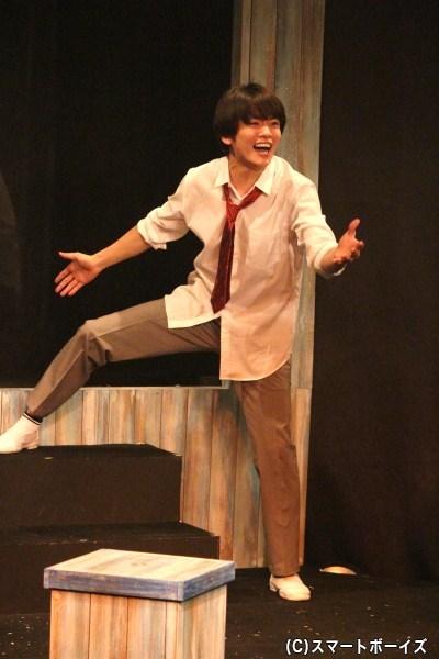 主演の小西成弥さんが少年のピュアさと危うさ、残酷さを体当たりで熱演!