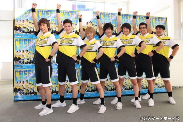 (写真左より)福澤侑(ゆう)さん、才川コージさん、古田一紀(かずき)さん、本田礼生(れお)さん、高野洸(あきら)さん、平田雄也(ゆうや)さん、皇希(こうき)さん