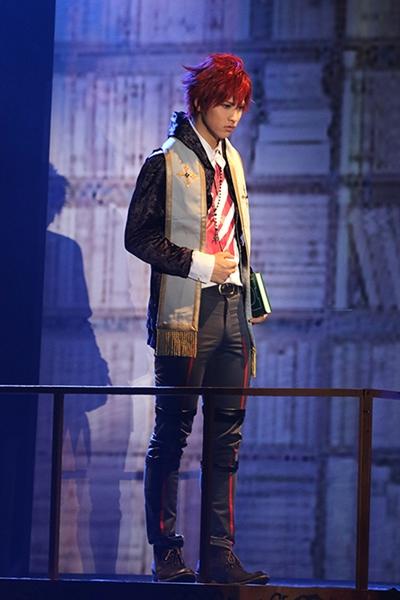 リンド役の萩尾さんはロックユニット「EDGE of LIFE」のボーカルとしても活躍中!
