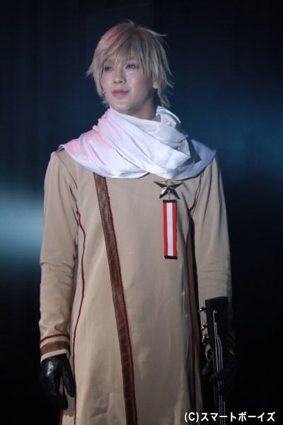 透けるような白い肌がイメージにぴったりな山沖勇輝さん