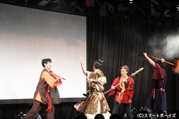 高崎さん演じるターカ大将軍が手刀で悟空たちを攻める