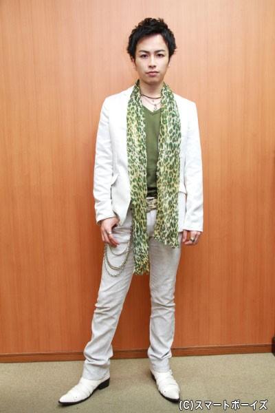 ホスト役を演じる鈴木さん、どんなホスト像を見せてくれるか楽しみです!