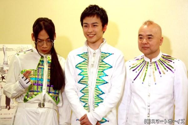 (左端)劇中の役柄である、シャイン役の表情も見せてくれた池田さん