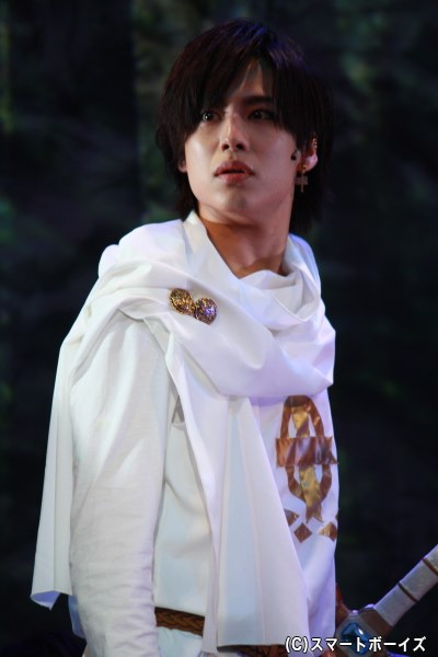 舞台版オリジナルキャラクター、ホワイト役の橋本真一さん