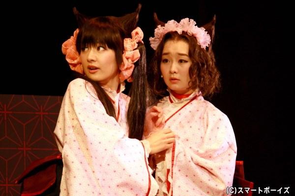 ざくろ役の野田和佳子さん(左)と、薄蛍役の高橋優里花さん