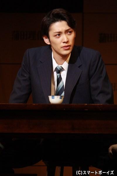 父の跡を継ぎ、チョーク工場を営む会社の専務となった大森泰弘(演・安西慎太郎さん)
