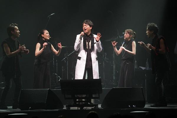 山崎さん思い出の曲を5人のア・カペラで歌い上げました