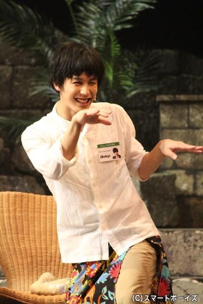 本田礼生さん。お芝居をしている時も踊っている時も、楽しそうな笑顔が印象的!