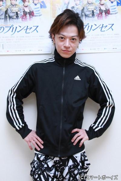 アラクレ役の加藤真央さん