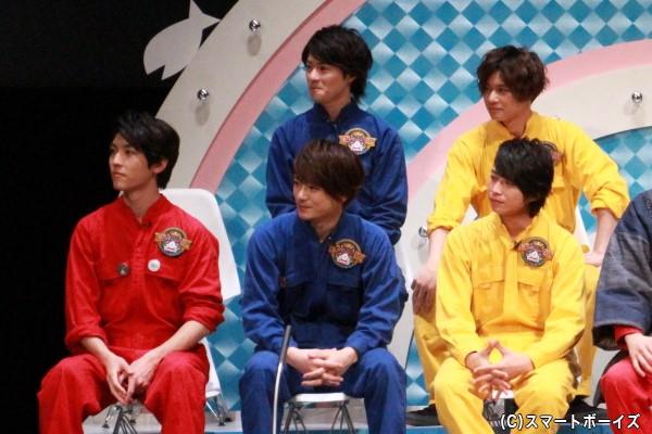 (左前列より)太田裕二さん、小早川俊輔さん、谷水力さん (左後列より)村田恒さん、石原壮馬さん