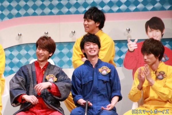 (左前列より)青木一馬さん、竹内寿さん、佐伯亮さん (後列より)山形匠さん