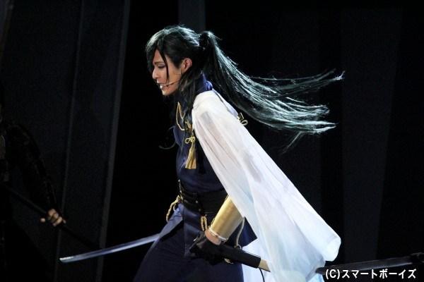 にっかり青江役の荒木宏文さん