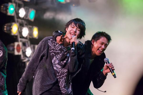 石井祐輝さん(左)前川優希さん(右)