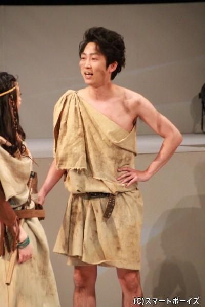 レヴィス役の石田明さん