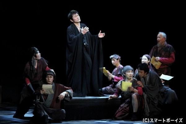 名作悲劇『ハムレット』に、加藤和樹さんが主演・内野聖陽さんら名優陣と挑む!