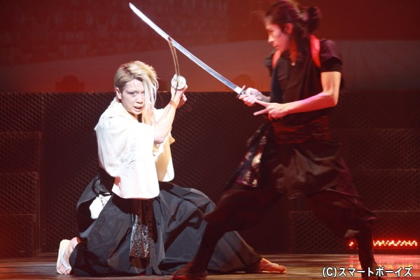 会見でキャスト陣が絶賛した、早乙女さんの殺陣は見事な迫力!
