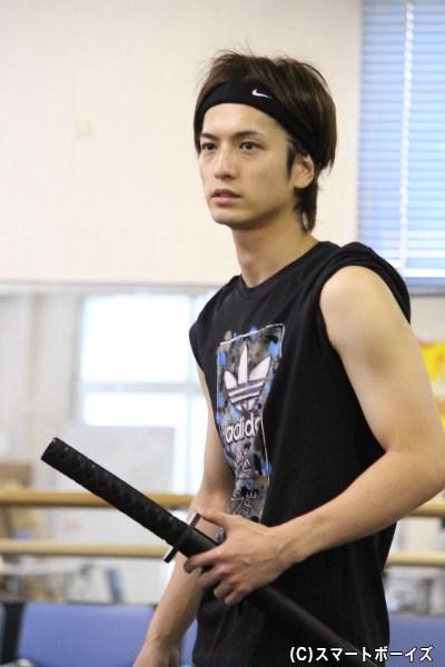 切通弥(きりどおし わたる)役の中村優一さん