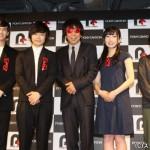 (写真左から)才川コージさん、鳥越裕貴さん、木根尚登さん、高宗歩未さん、脚本・演出:有働佳史さん