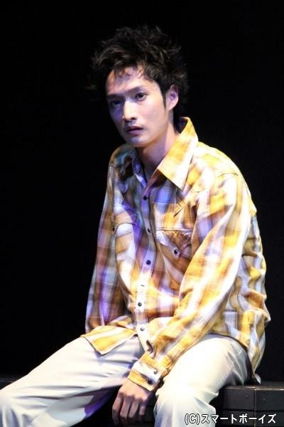 舞台版オリジナルキャラクター・袴田亮介(はかまだ りょうすけ)役の宮崎翔太さん