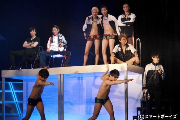 一方、都内随一の水泳強豪校・龍峰は合同記録会で東ヶ丘を圧倒する