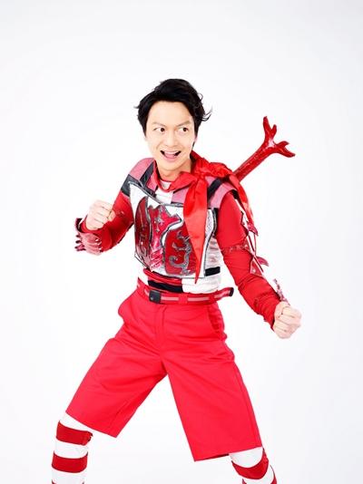 万里チョウジ役の海老澤健次さん