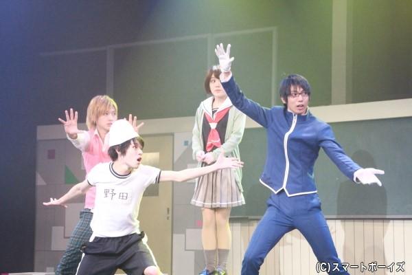 必殺技「エターナルフォースブリザード」が炸裂!!