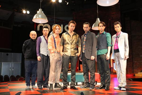 (左から)青木 豪さん、尾上寛之さん、木村 了さん、TAKAHIROさん、波岡一喜さん、味方良介さん、横田龍儀さん