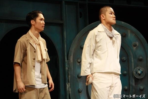 (写真左から)藤原 樹さん(THE RAMPAGE)、岩谷翔吾さん(THE RAMPAGE)