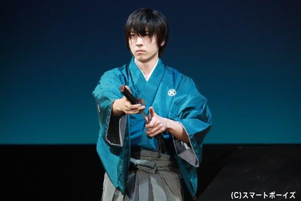第二部では力強くしなやかな刀さばきを見せる山本一慶さん