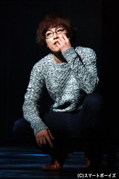 金木と同じ大学に通う喰種・西尾錦(鈴木勝吾さん)