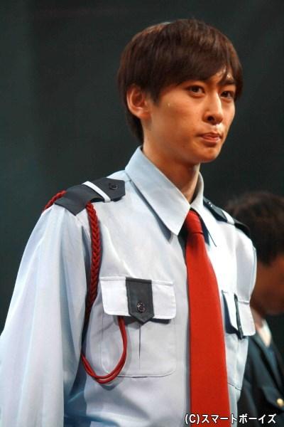 時計塔での殺人事件の第一発見者となった、大学警備員の瀬尾 稔(田中涼星さん)