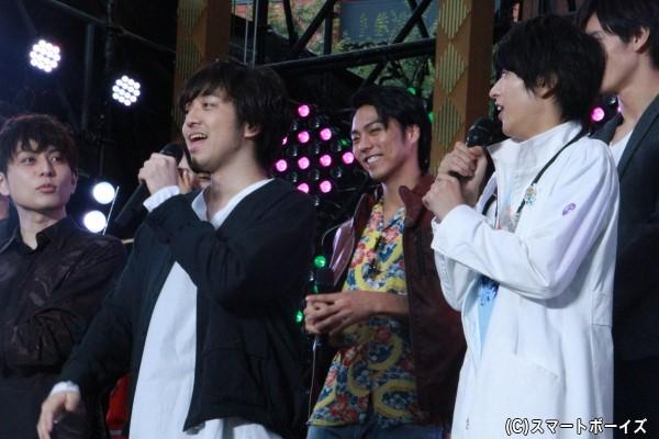 三浦さんの生歌披露に間近にいた飯島さんもビックリ!