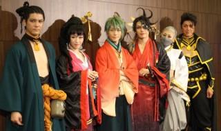 (写真左より)中村誠治郎さん、前島亜美さん、鈴木拡樹さん、崎山つばささん、浅田舞さん、吉野圭吾さん