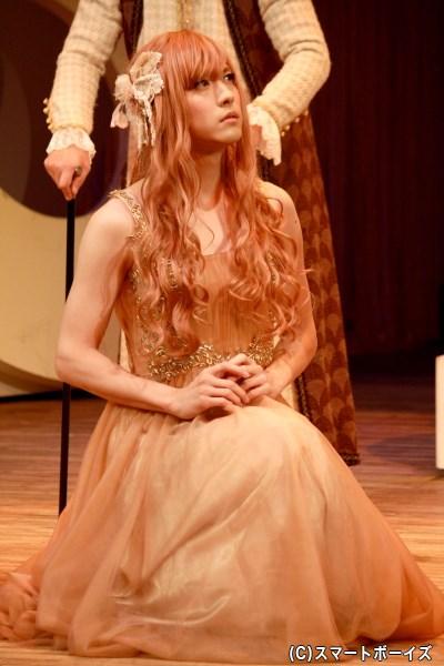 ライサンダーを愛する、ハーミア役の山本一慶さん