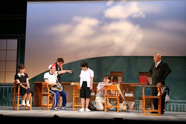 舞台『向日葵のかっちゃん』より
