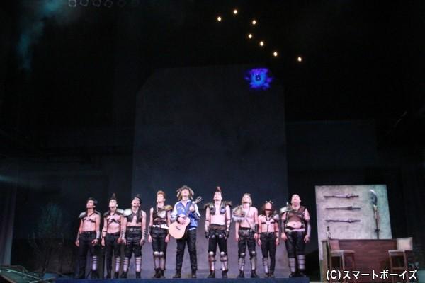 ステージには北斗七星や死兆星も!