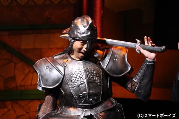 童話の世界では極悪非道な騎士を演じるなど、キャストの皆さん大忙し!