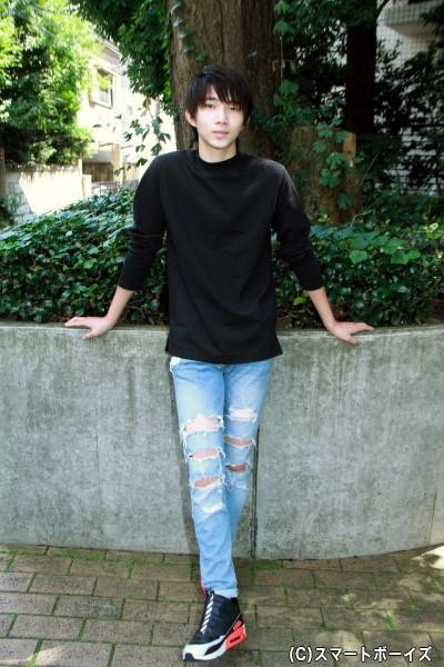 物語で重要な役を演じる遠藤さんは、現役高校生の16歳