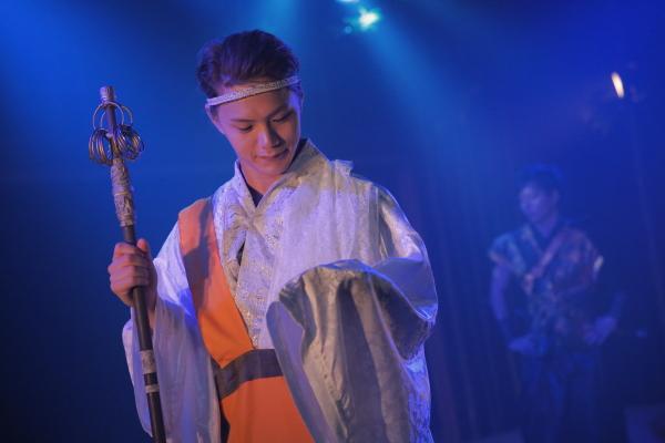 僧侶・布丁(星璃)を敵国《安須真》の城へ無事送り届けるための護衛だった